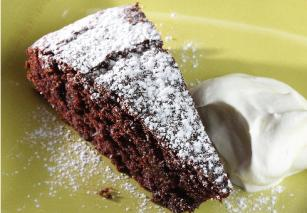 Csokoládés és kávés sütemény datolyával